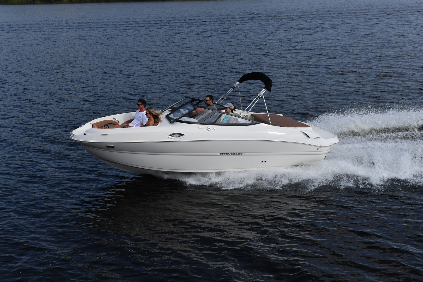 Stingray Boats – Making Families Smile, One Boat At A Time